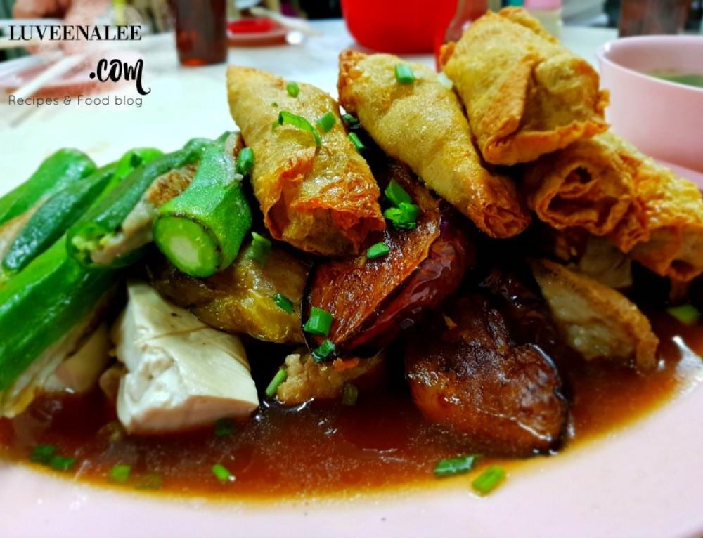 Kedai Makanan Foong Foong (鸿鸿安邦酿豆腐)